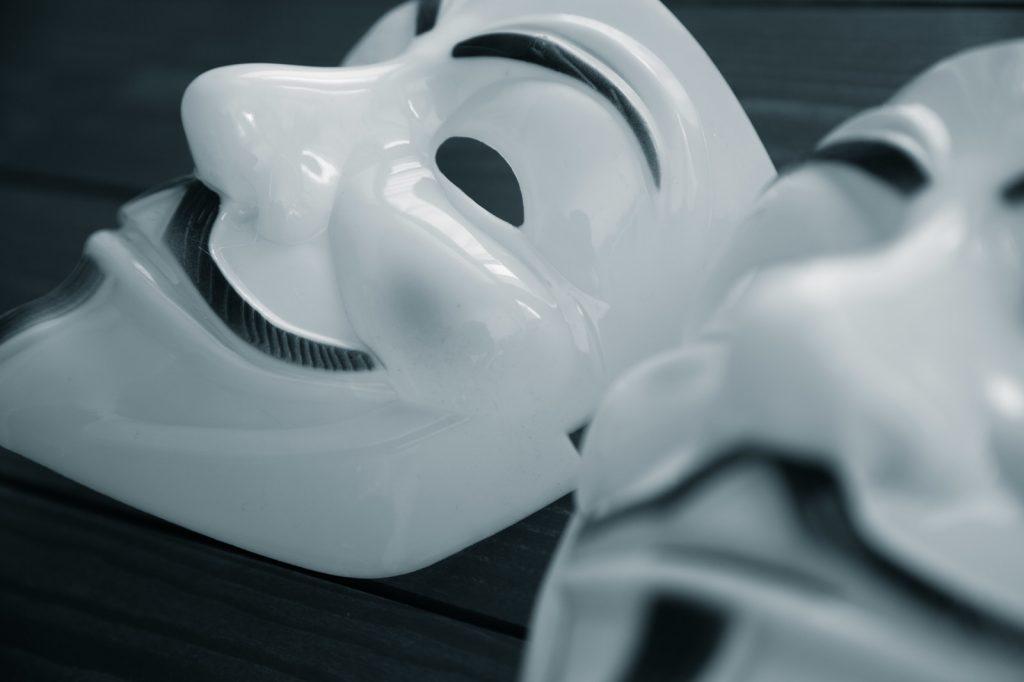 仮面の画像